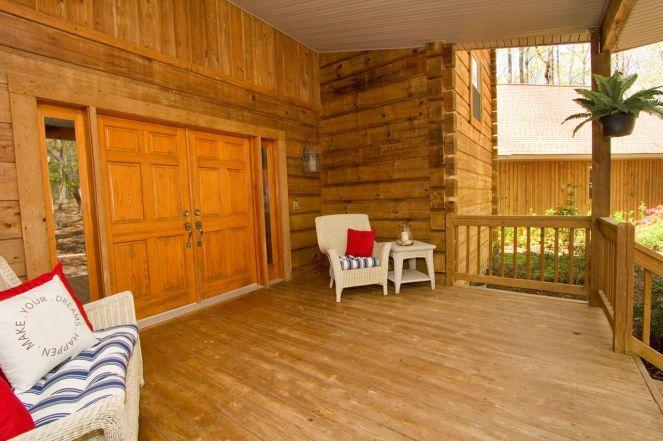 9. Porch, front 2